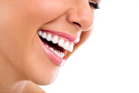 Diş Beyazlatma Fiyatları Ne Kadar?